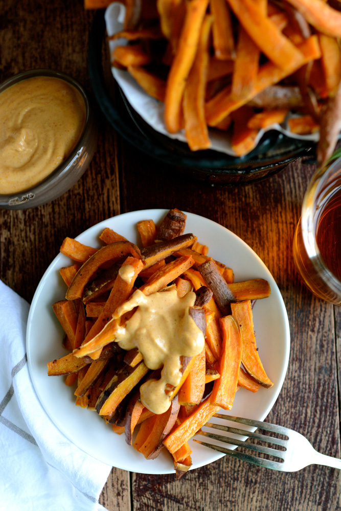 Crispy Baked Sweet Potato Fries With Sriracha Curry Mayo Ciaochowbambina Com