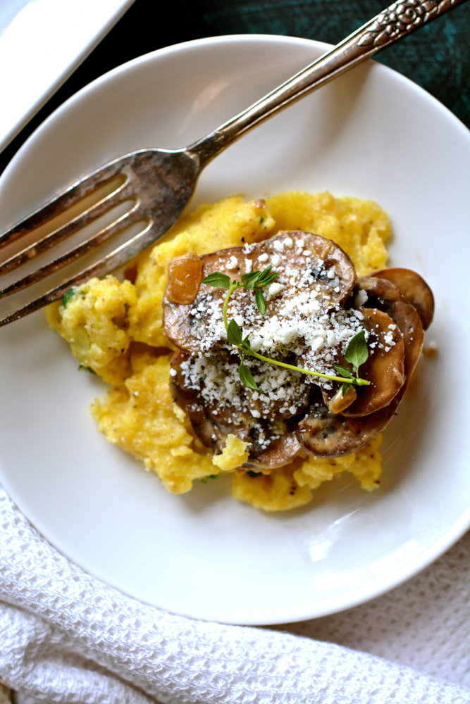 Cheesy Polenta with Wild Mushrooms & Thyme ciaochowbambina.com