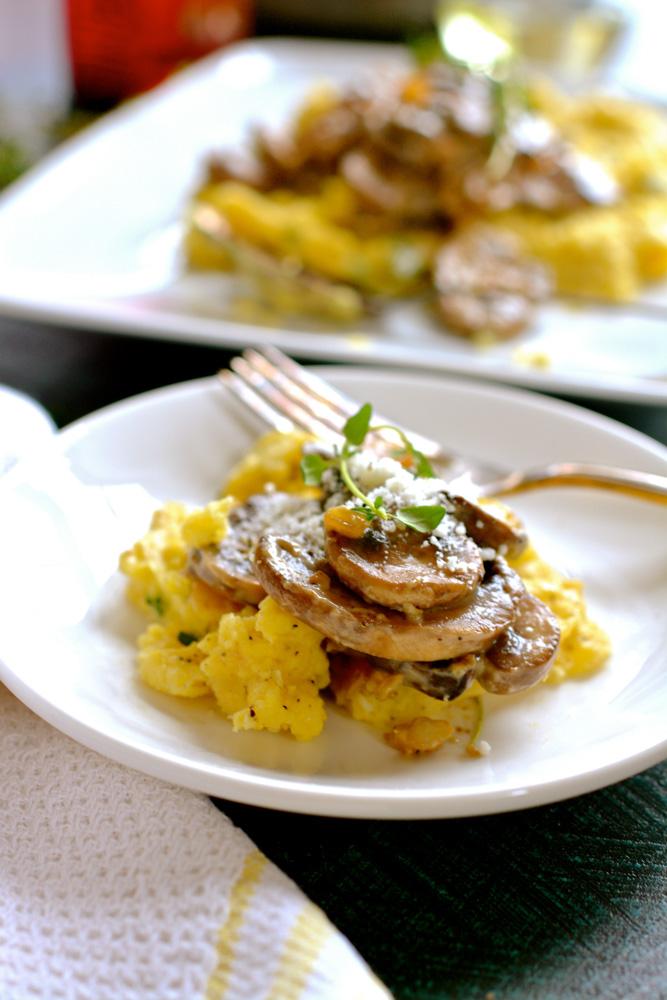 Cheesy Polenta with Wild Mushrooms & Thyme ciaochowbambina.com