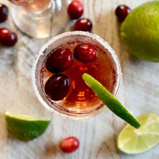 cranberry-champagne-sparkler ciaochowbambina.com