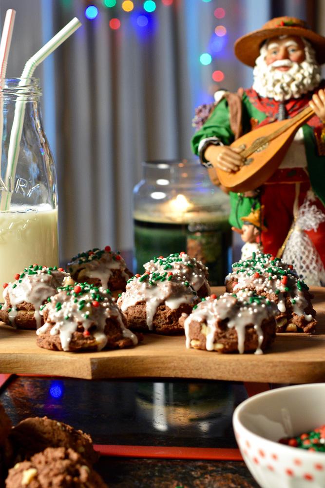 chocolate-italian-meatball-cookies ciaochowbambina.com