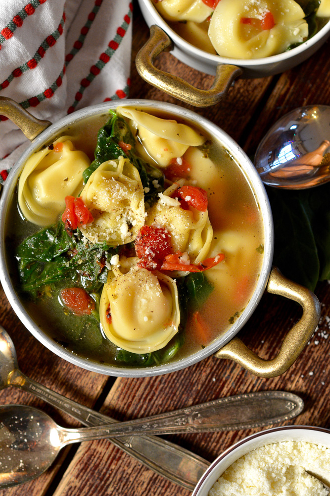 spinach-tortellini-soup ciaochowbambina.com