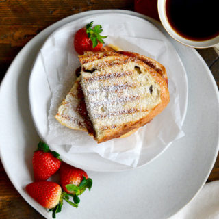Roasted Strawberry & Chocolate Hazelnut Panini ciaochowbambina.com