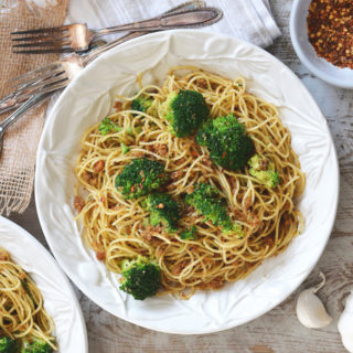 Spaghetti with Broccoli and Toasted Bread Crumbs ciaochowbambina.com