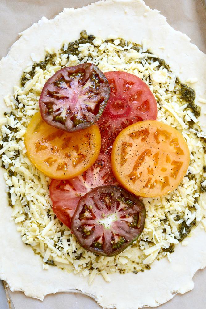 Heirloom Tomato, Pesto & Cheddar Crostata ciaochowbambina.com