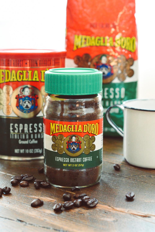 Espresso Amaretti Biscotti with Chocolate Drizzle ciaochowbambina.com