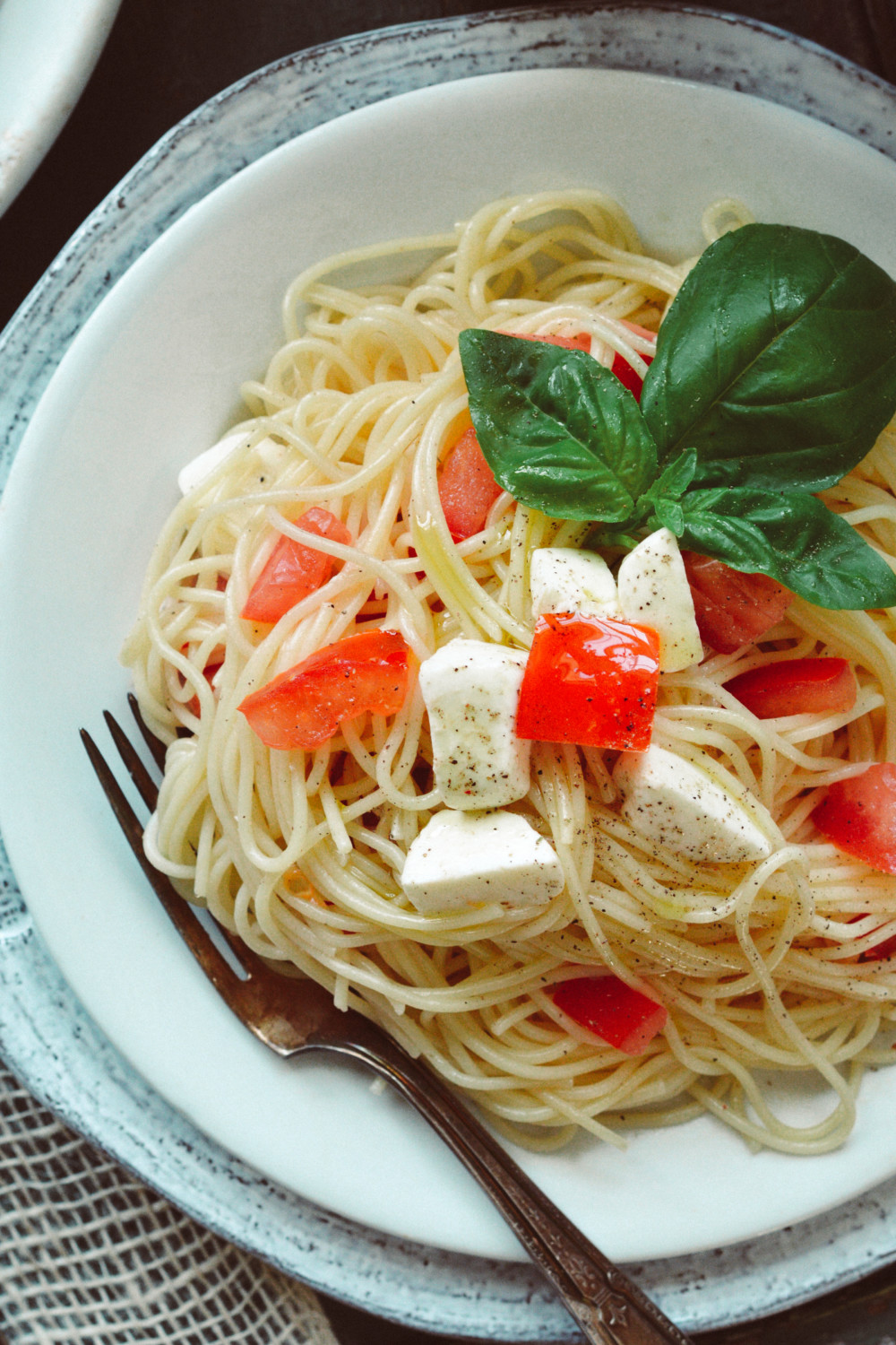 Simple 5 Ingredient Capellini Caprese ciaochowbambina.com
