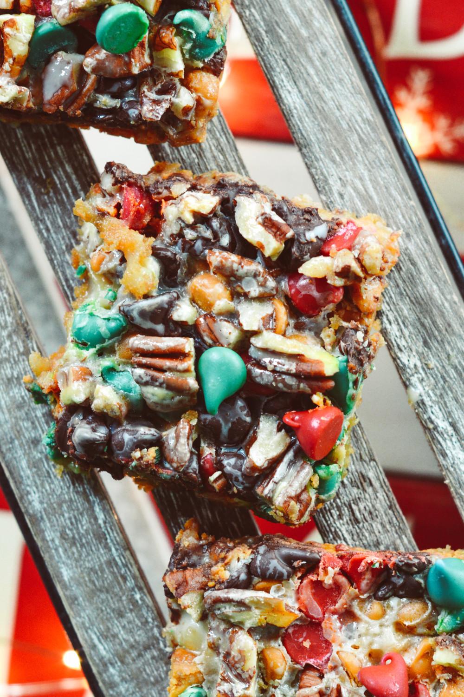 Holiday Hello Dolly Cookie Bars ciaochowbambina.com