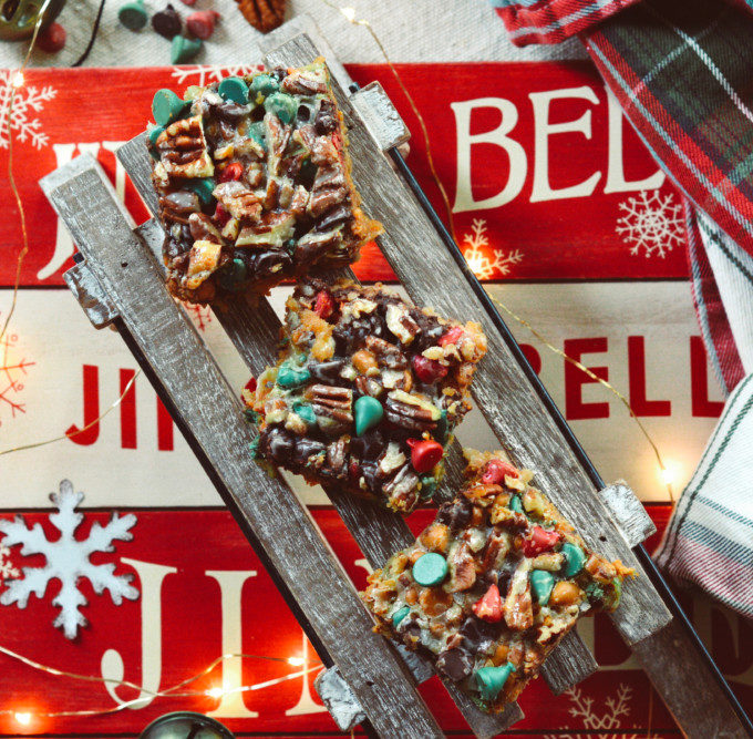 Holiday Hello Dolly Cookie Bars ciaochowbambina.com